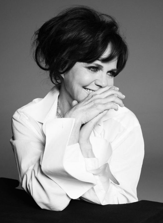 f10836c1d8134507d0d3432c29b806cd--sally-fields-actors--actresses